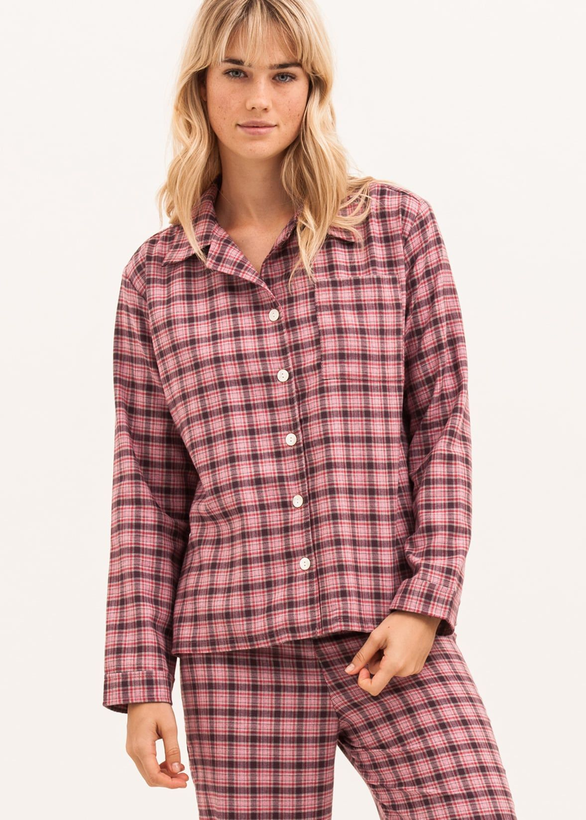 3b4faed142 luxury pyjamas in a cotton and wool blend